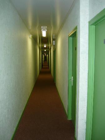Hotel au Grand Saint Jean: Couloir de l'hotel