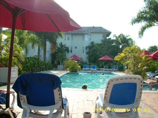 Royal Decameron Club Caribbean: Adult Pool