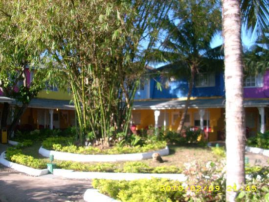 Royal Decameron Club Caribbean: Courtyard Rooms