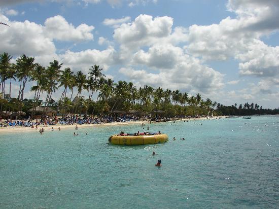 Dreams La Romana Resort & Spa: Plage vue du quai