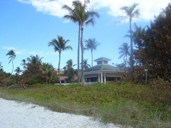 Nápoles, FL: Homes on the beach