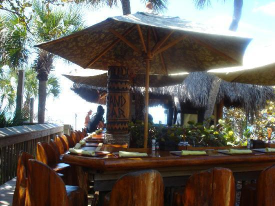 Napoli, FL: Ritz Carelton Beach Bar