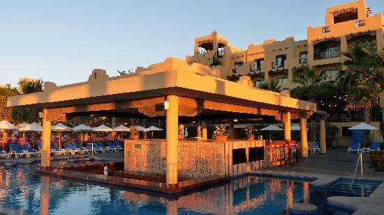 Hotel Riu Santa Fe: Swim up bar at the Santa Fe
