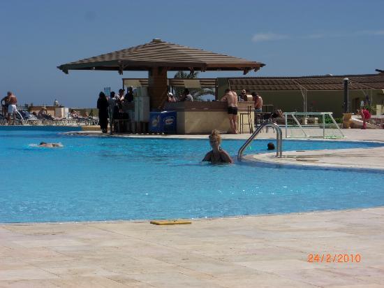 Three Corners Fayrouz Plaza Beach Resort: Pool Bar