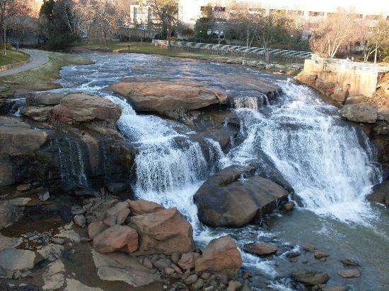 Falls Park på Reedy: Reedy River falls