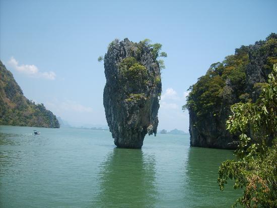 Seaview Patong Hotel: james bond island