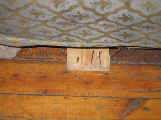 African House Hotel: Broken Bed with Nails Sticking out
