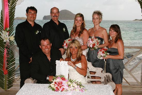 Coconut Bay Beach Resort & Spa: Wedding Party