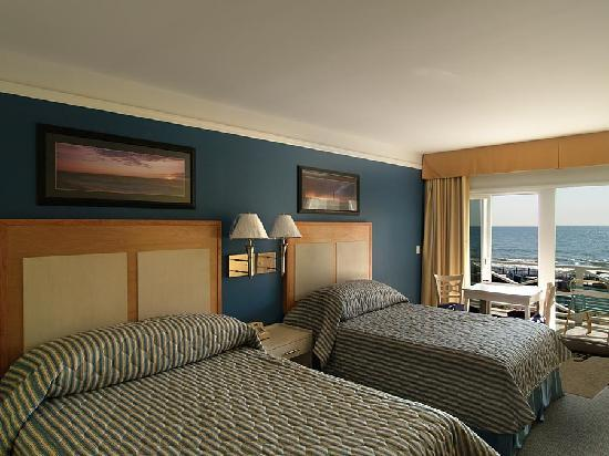 Royal Atlantic Beach Resorts : Ocean front room