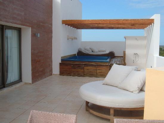 Excellence Playa Mujeres: RTT