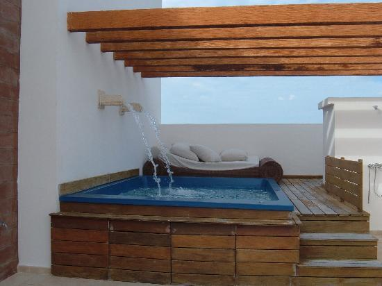 Excellence Playa Mujeres: More RTT 3301