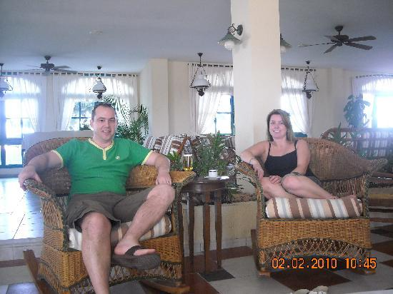 "Melia Las Antillas: Us enjoying the welcoming Lobby Bar ""Thanks Alexis"""