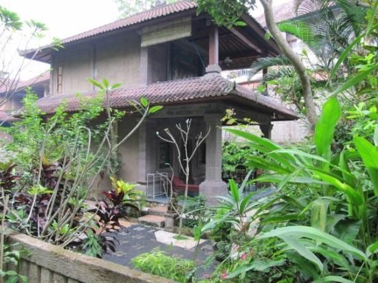 Ubud, Indonesia: Our little villa, side view. It is in the Lempad family compound.