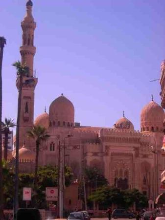 Mosque of Abu al-Abbas al-Mursi: Mosque in Alex...