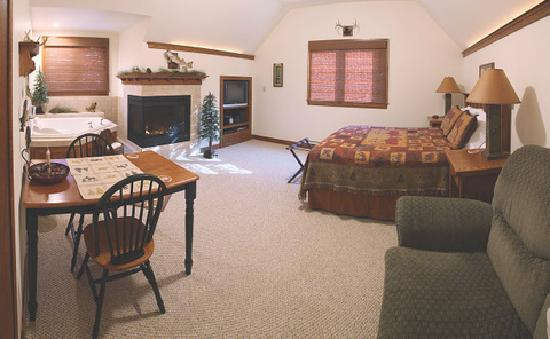 Mission Oak Inn: Lodge Suite