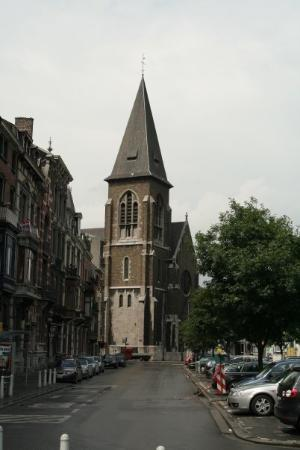 Liège, Belgia: Sitting at a cafe and down the street is- yep a church. Liege was built around churches that hel