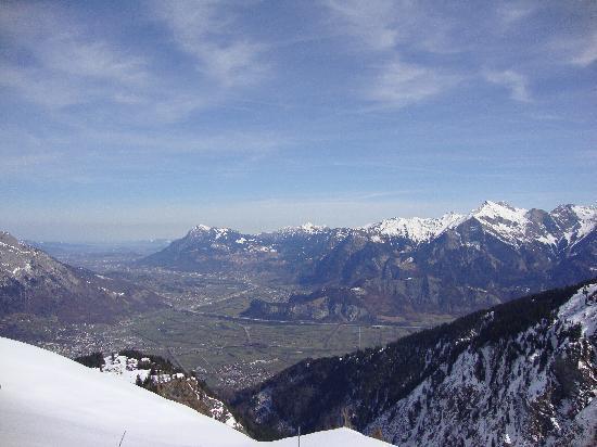 Pizol Ski Resort: Rhine Valley from Pizol, 18 March 2010
