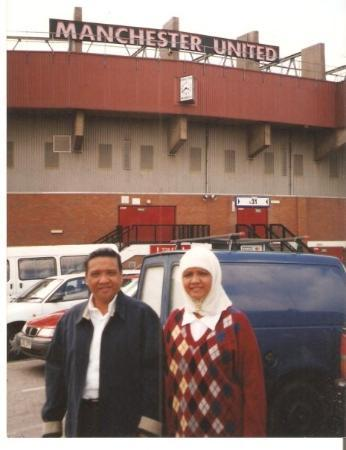 Plymouth, UK: ma & bak kat old trafford