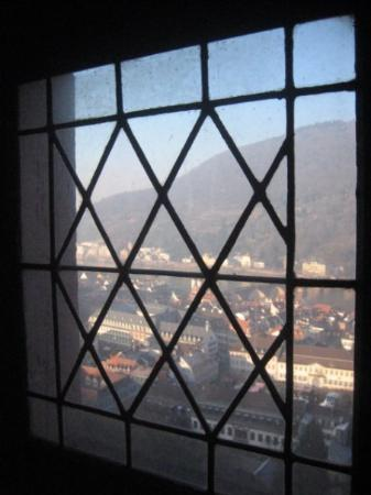 Heidelberg slott: Window looking northward over the town.