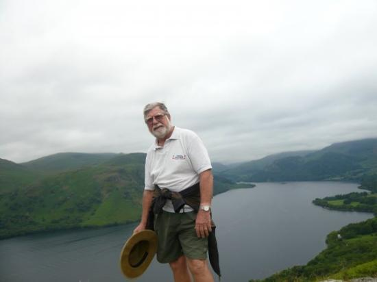 Watermillock, UK: After climbing Gowbarrow Fell a great view of Ullswater,Cumberland - the lonliness of the long d