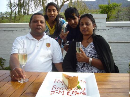 Cape Town, Sør-Afrika: Anniversaire de Mariage a Clementia