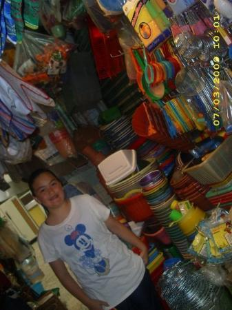 Ciudad Nezahualcoyotl, Mexico: plastic stuff for your home
