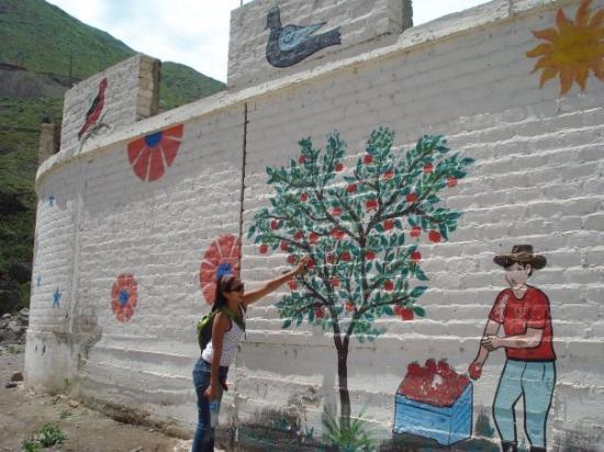 Antioquia, Περού: El principal producto son las manzanas