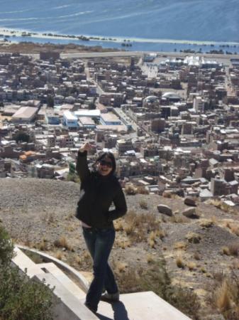 Puno, Peru: Enseñando mi dedo en el kuntur wasi