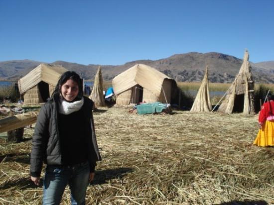 Puno, Peru: Isla flotante de los Uros