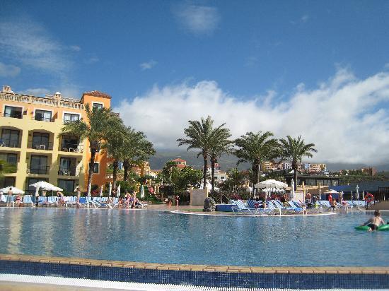 Sunlight Bahia Principe Costa Adeje: One of the pools