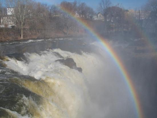 Paterson, NJ: Rainbow was vivid to the eyes.