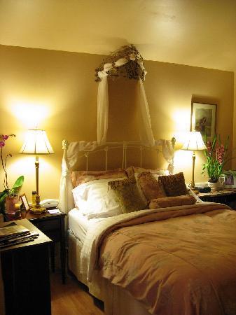 Union Street Inn: Charming bedroom