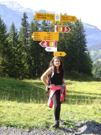Interlaken, Sveits: CAMINATA DE KLEINE HACIA WENGEN