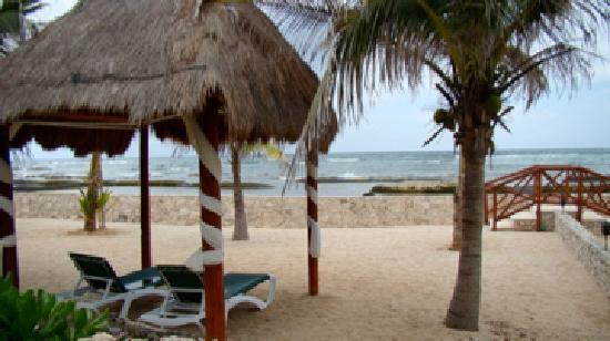 El Dorado Sensimar Riviera Maya: quiet beach no one around