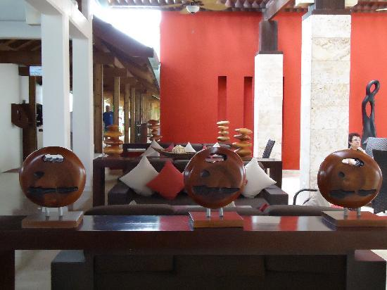 Dreams La Romana Resort & Spa: lobby