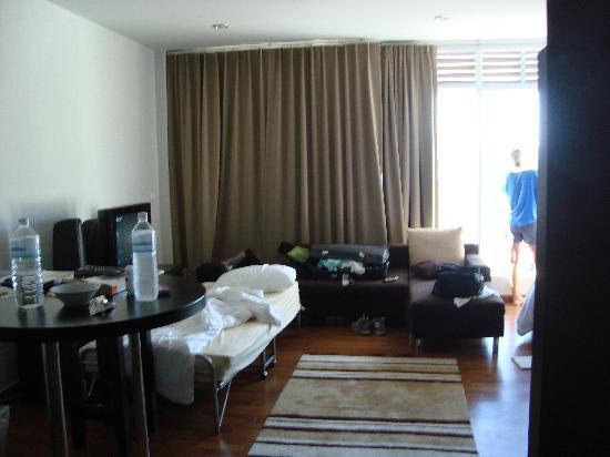 Villareal Heights: Mountain/Ocean view suite