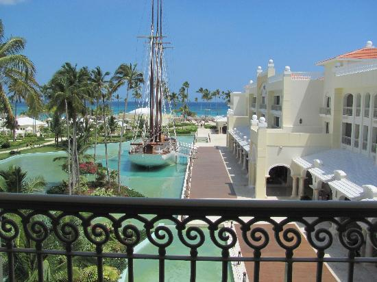 Iberostar Grand Bavaro: View from balcony