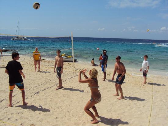 El Cozumeleno Beach Resort: Beach volleyball