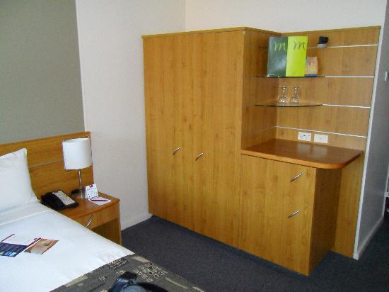 Mercure Sydney Bedroom