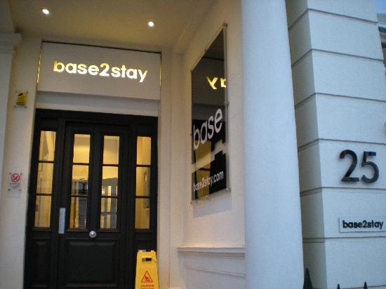 The Nadler Kensington: hotel front entrance