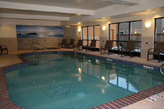Hampton Inn and Suites Arcata, CA: Indoor Pool and Spa