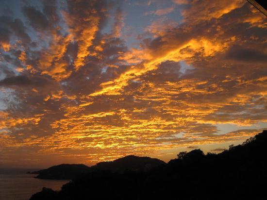 Casa Romantica: brilliant sky