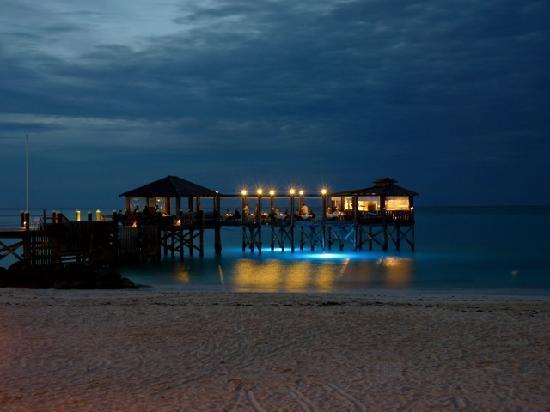 Sandals Royal Bahamian Spa Resort & Offshore Island: Gordon's on the Pier for Dinner