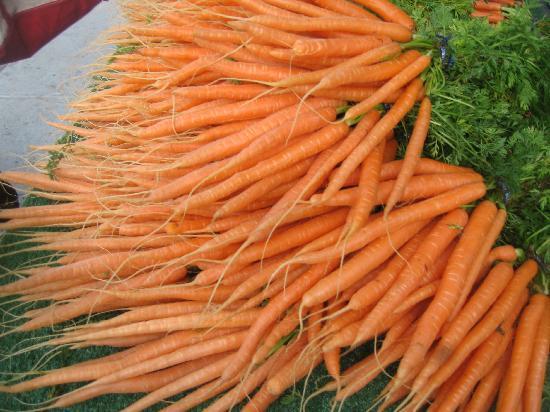 Ferry Plaza Farmer's Market: Gorgeous carrots!