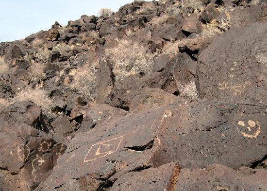 Petroglyph National Monument: petroglyphs