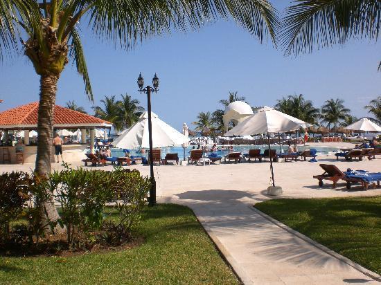 Secrets Capri Riviera Cancun: March 2010 pic 2