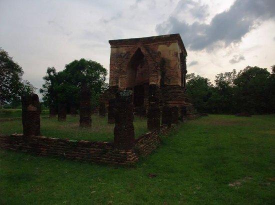 Wat Trapang Tong Lang : ワット・トラバン・トーン・ラーン遺跡2