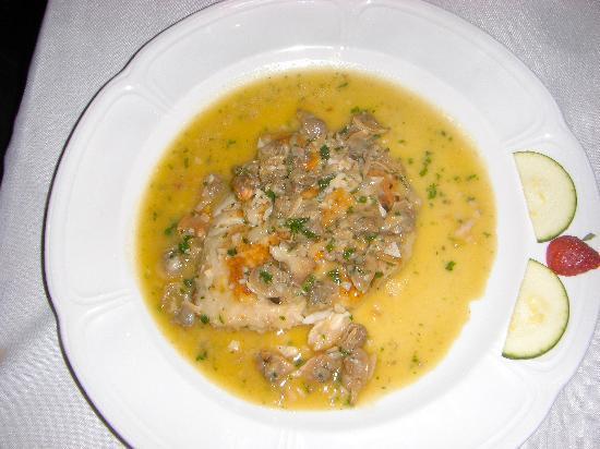 Restaurante Angel: Corvina with clam sauce