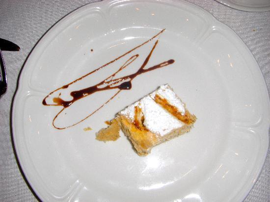 Restaurante Angel: 1,000 leaves dessert