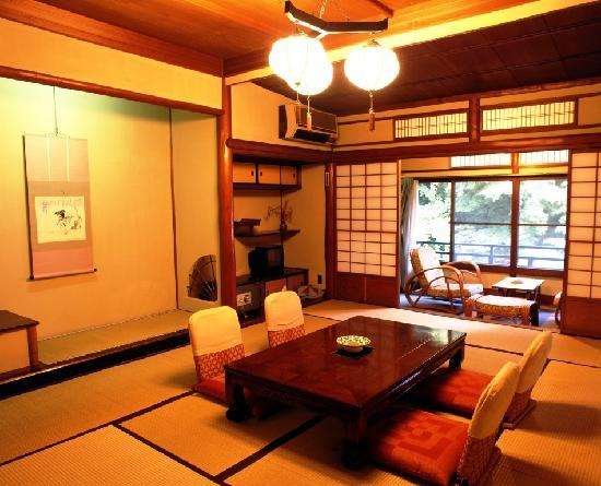 Tonosawa Ichinoyu Honkan: 一般和室